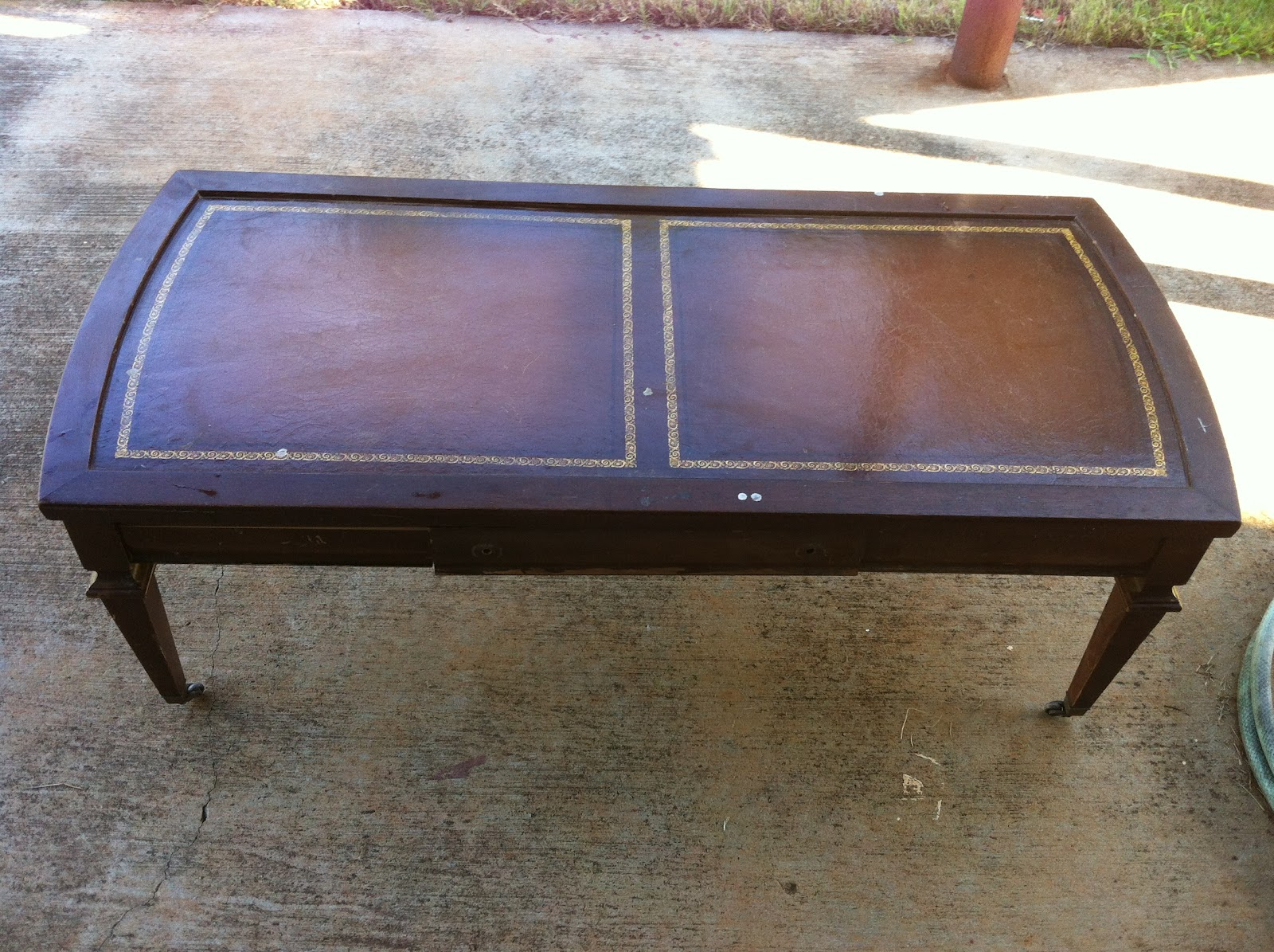Crafty Carrs: Living Room Redo - Coffee Table