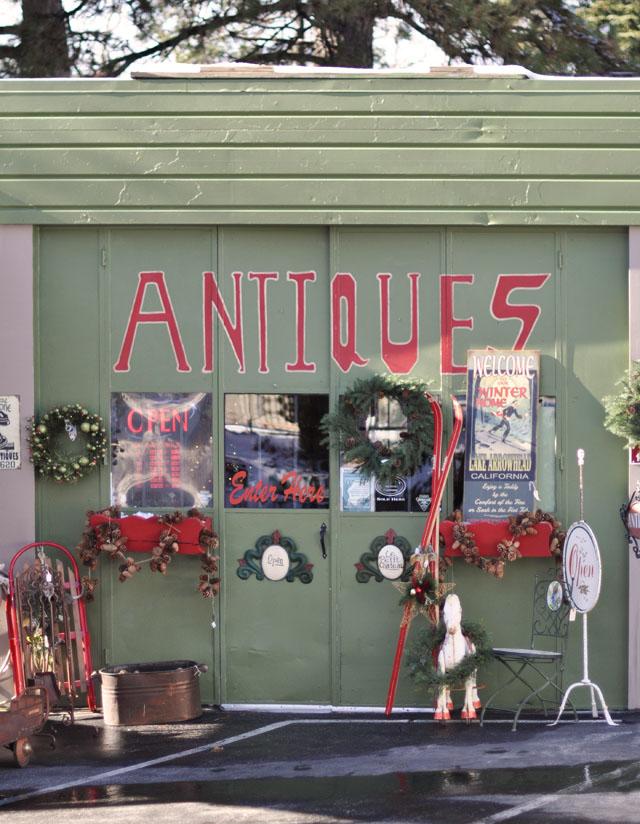 christmas antique shop in Lake Arrowhead, Cedar Glen