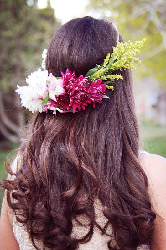 *Lovely Clusters - The Pretty Blog : Simple DIY Flower Crown