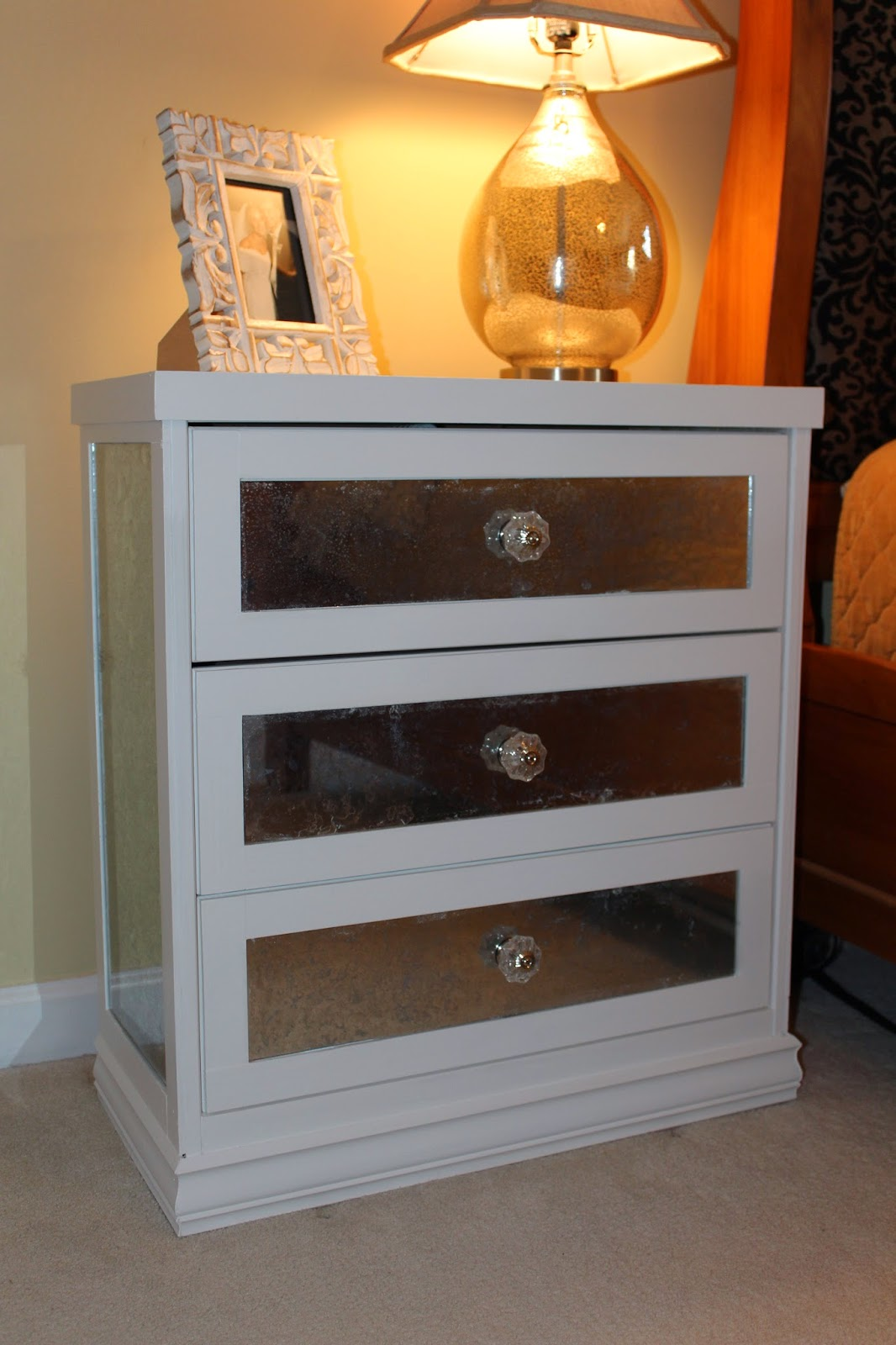White Nightstand With Mirrored Drawers