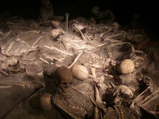 Esqueletos hallados en Herculano
