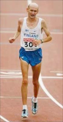 [Image: marathon-vs-sprint.jpg]