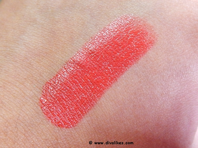 Maybelline Color Sensational Lipstick Vibrant Mandarin 885 Swatch