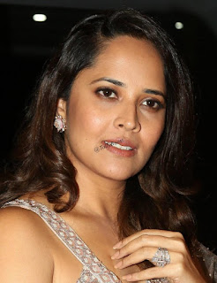 Beautiful Indian TV Model Anasuya Long Hair Face Closeup (5)