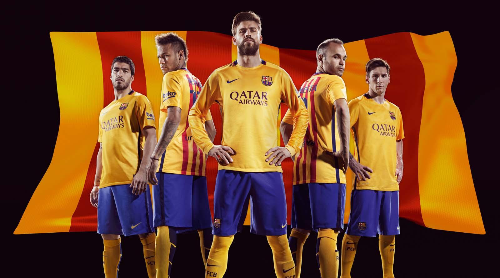 FC-Barcelona-15-16-Away-Kit%2B%25281%252