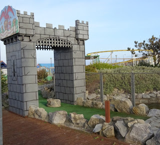 Welsh Dragon Adventure Golf course in Rhyl