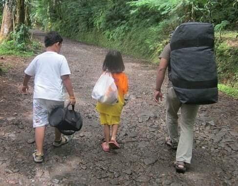 berbagai pilihan travel bag anak