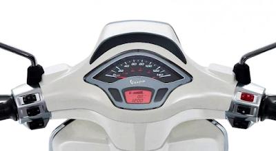 Kelebihan Vespa Sprint 150 - Panel Instrumen Yang Futuristik