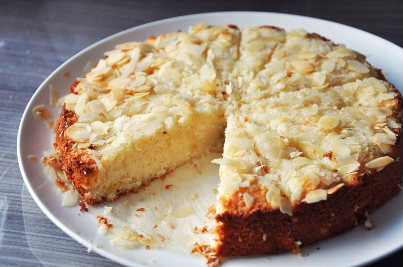 Apple Coconut Flour Easy Cake