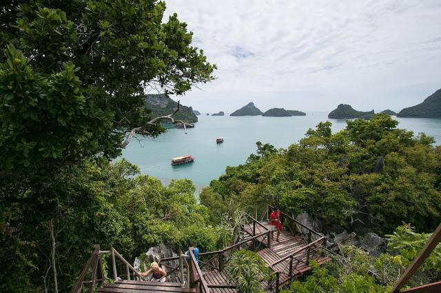 Vista dall'alto sull'Angthong national park