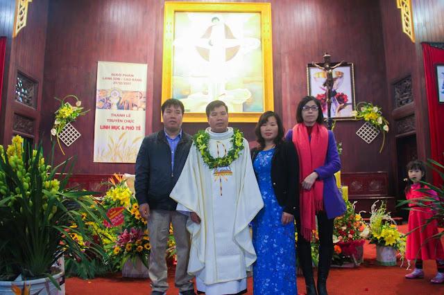 Lễ truyền chức Phó tế và Linh mục tại Giáo phận Lạng Sơn Cao Bằng 27.12.2017 - Ảnh minh hoạ 240