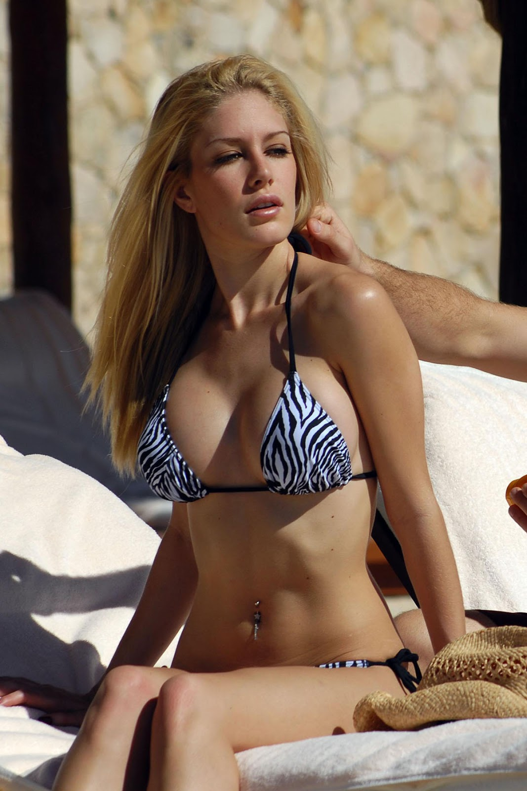 Pussy Heidi Montag nude (71 foto and video), Topless, Fappening, Twitter, swimsuit 2006