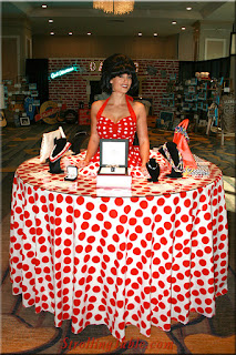 Polka Dot strolling table