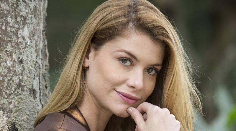 Nova novela espírita terá Alinne Moraes como vilã
