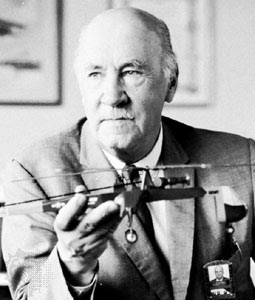 Biography Igor Sikorsky - Discoverer Helicopter