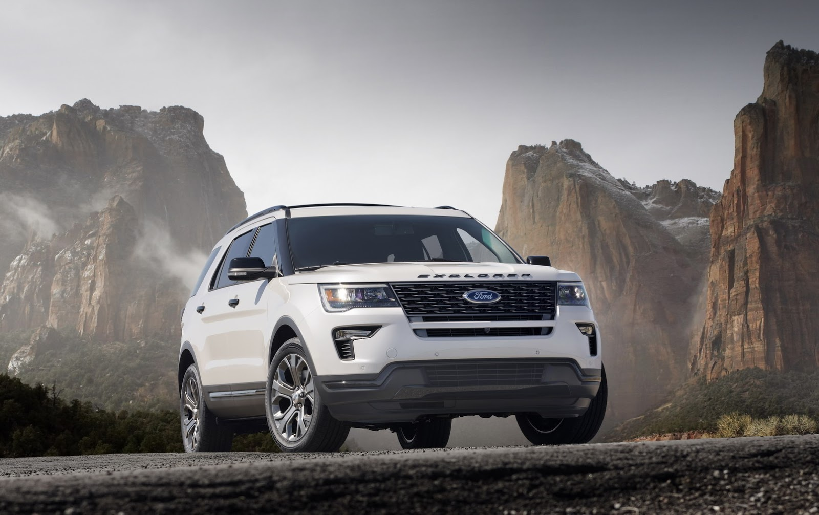ny show  ford explorer  minor revisions    replacement