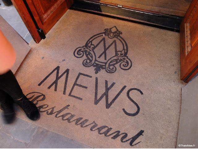 paillasson doorstep entrée Mews Bar Restaurant Londres Mayfair