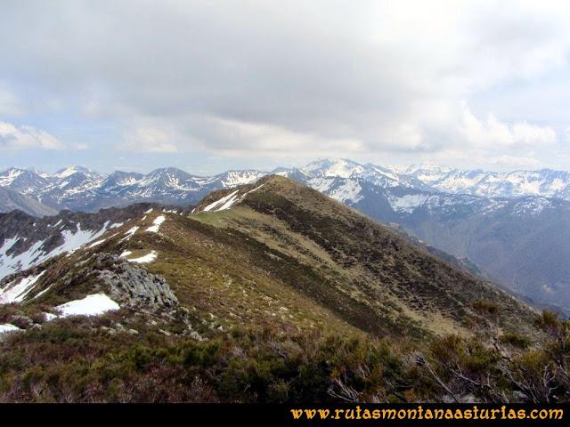Ruta Retriñon: Desde la Muesca, vista de la Tabierna