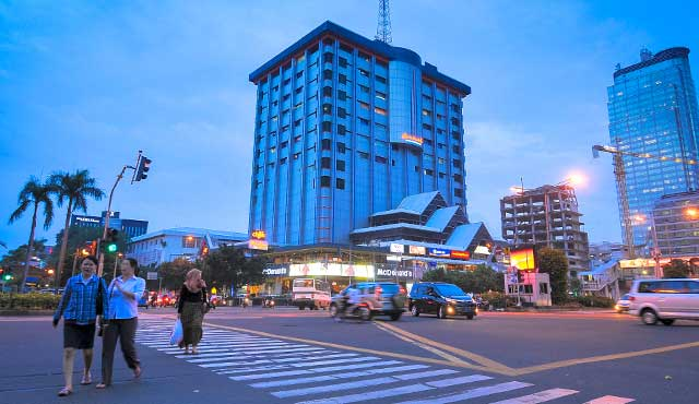 Sarinah tempat beli batik Jakarta