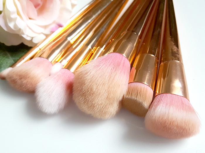 Review: Rosegold Makeup Pinsel Set - 12tlg. - 10.99 Euro günstig bei ebay