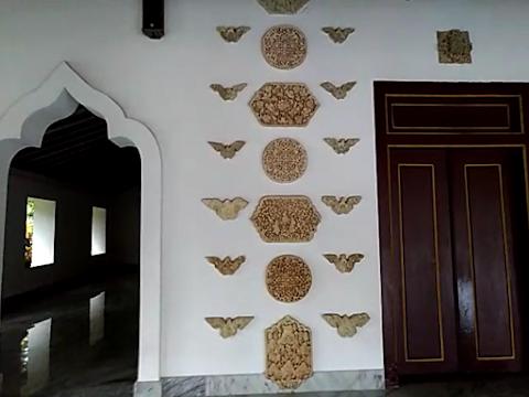 Ragam Hias Masjid Mantingan: Gambaran Kehidupan Abad XV-XVII