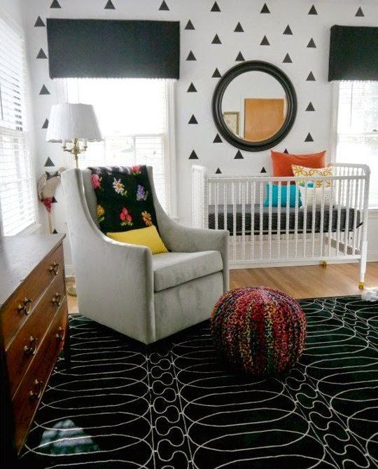 Nursery Decor Tour: Sweet Little Nursery: Bold Black And White Nurseries Ideas