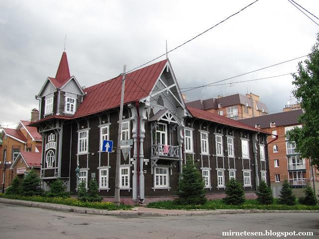 Самые красивые деревянные дома в Томске - где?