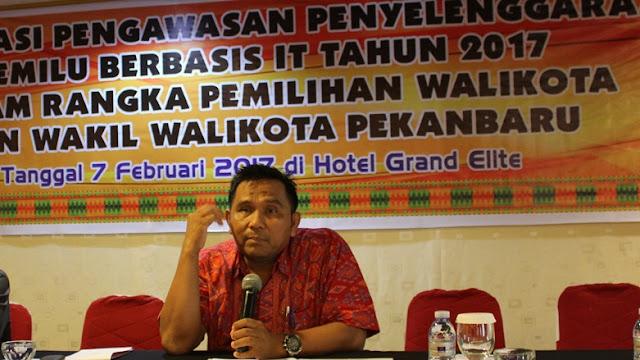 Ketua Bawaslu Riau, Edy Syarifuddin