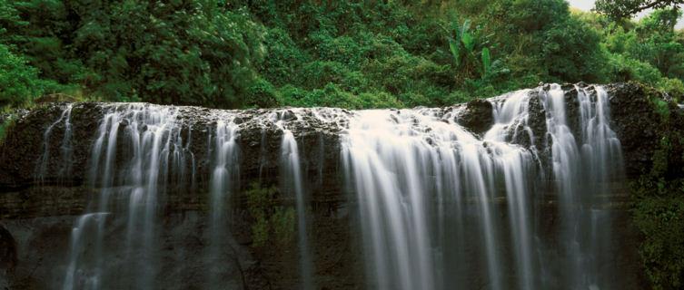 thác nước ở Guam
