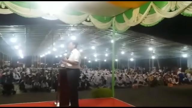 Viral! Gegara Muji Jokowi, Luhut 'Diusir' Orang Kampungnya Sendiri saat Kuliah Umum di Medan