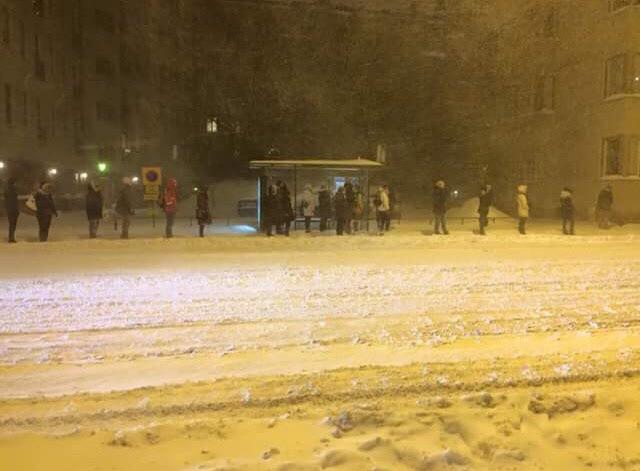 Parada de autobús en Finlandia