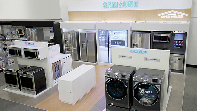 best buy kitchen appliances black and white rugs one savvy mom nyc area blog create the of your if you re looking to dreams look no further than these innovative new from samsung