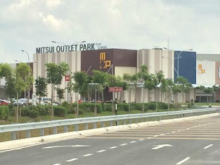 Gambar Mitsui Outlet Park - parking rate
