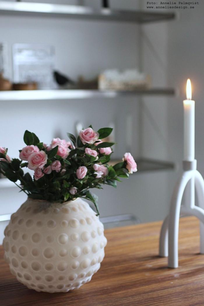 annelies design, webbutik, webbutiker, inredning, kök, blomma, blommor, naturtrogna blommor, konstgjorda växter, kök, köket, vas, ros, rosor, vas, rosa, lampa, lampor, bubbles, ljusstake