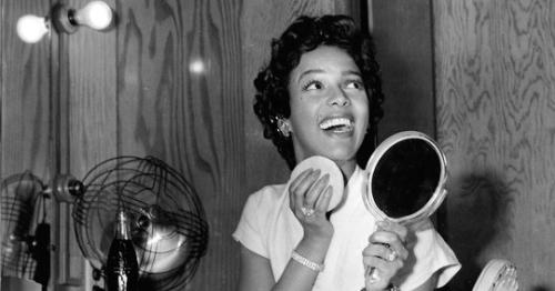 184d9e6f2eb0d4 Dorothy Dandridge on the set of the Movie  Carmen Jones