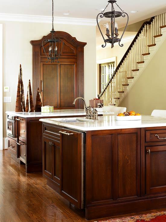 New Home Interior Design: Elegant Kitchens With Warm Wood