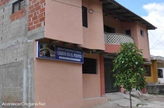 Iglesia Evangélica Cristo es el Puente, del barrio Los Álamos, de Corozal, Colombia