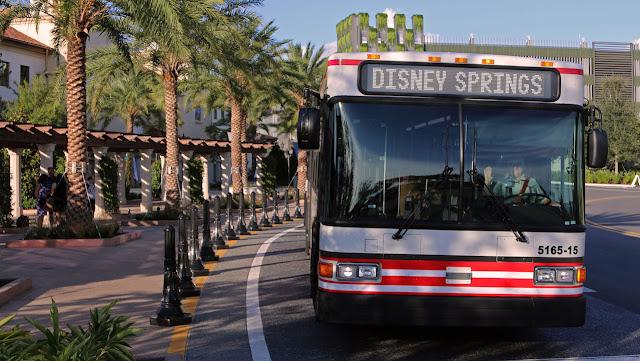 Usar o transporte público de Orlando