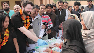 INLD Spokesman Umesh Bhati examined the health of the people of poor families of foreign doctors