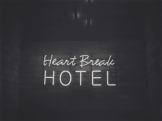 SNSD Tiffany Heart Break Hotel Single