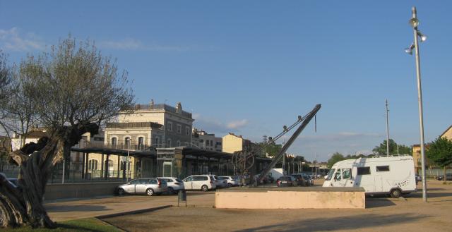 Àrea d'autocaravanes de Sils, a l'estació de tren