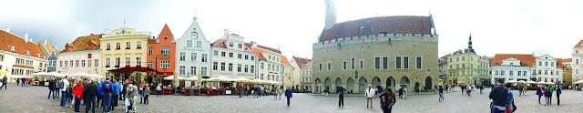 Plaza del Ayuntamiento (Raekoja Platz)