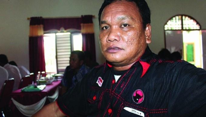 Istri Ketua DPRD Kolaka Utara Buka Suara Alasan Tikam Suami