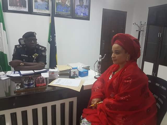 They got eyes for beautiful women! Check out the wives of Anambra and Bayelsa States Commissioners of Police (photos)