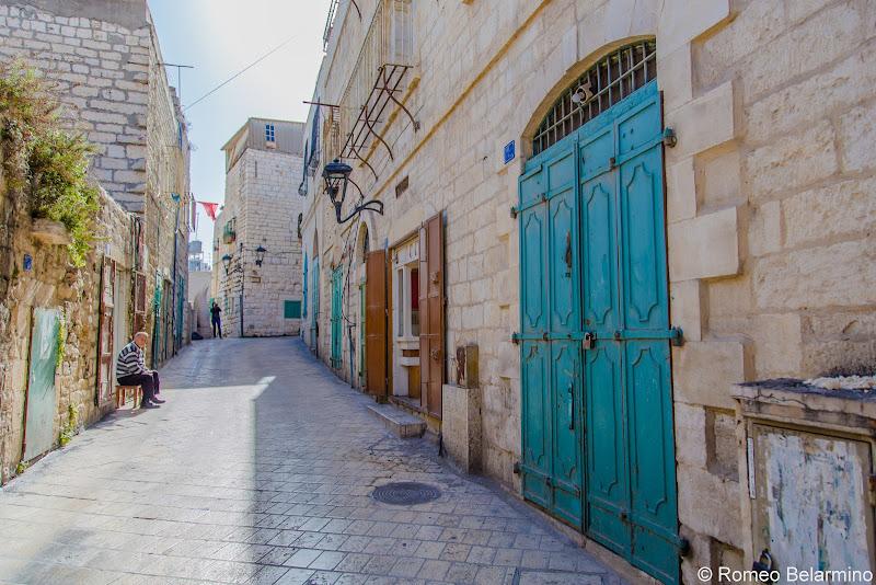 Street and Doors Half-Day Tour of Bethlehem Jesus Birthplace