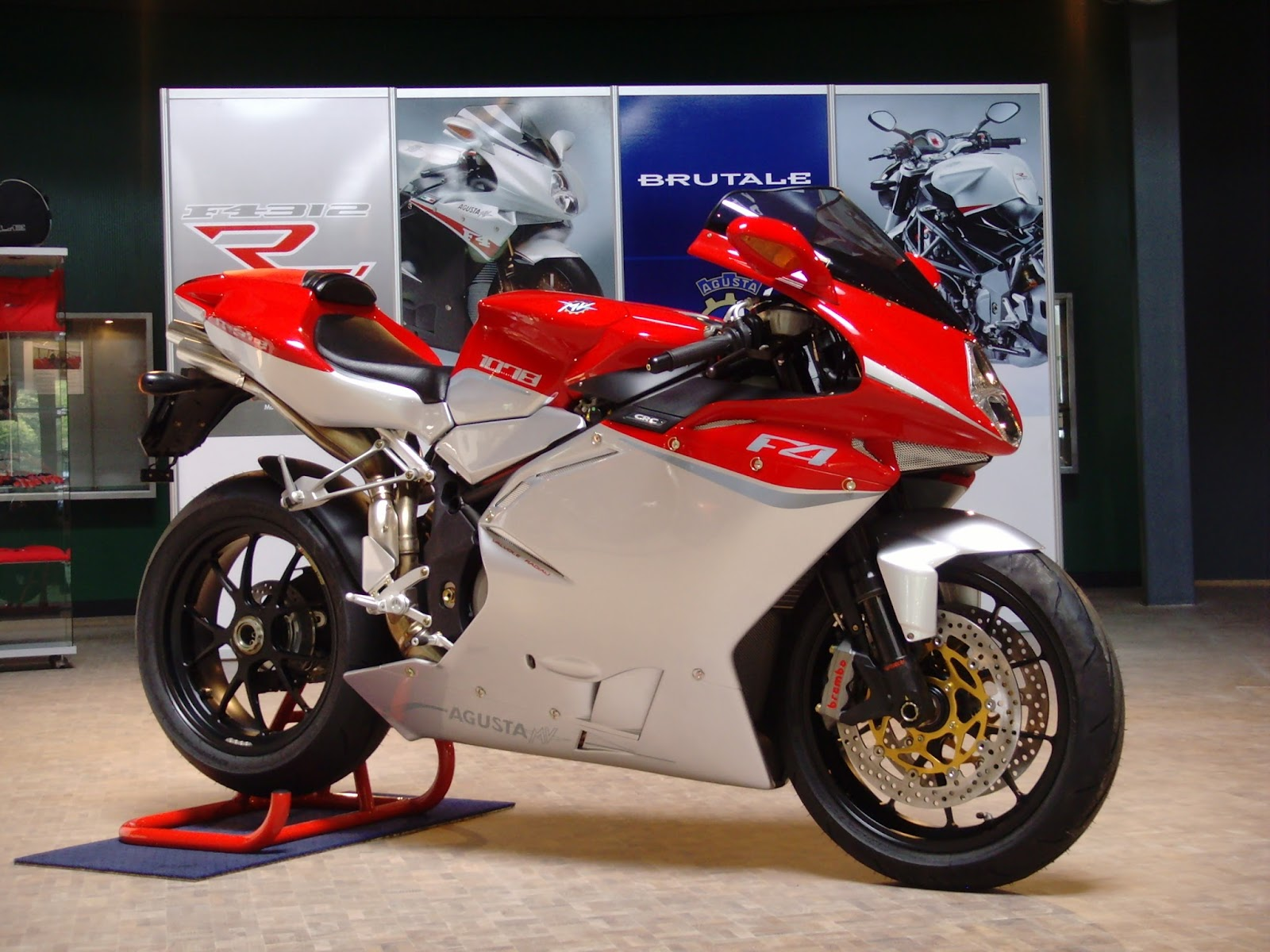 MV Agusta F4CC