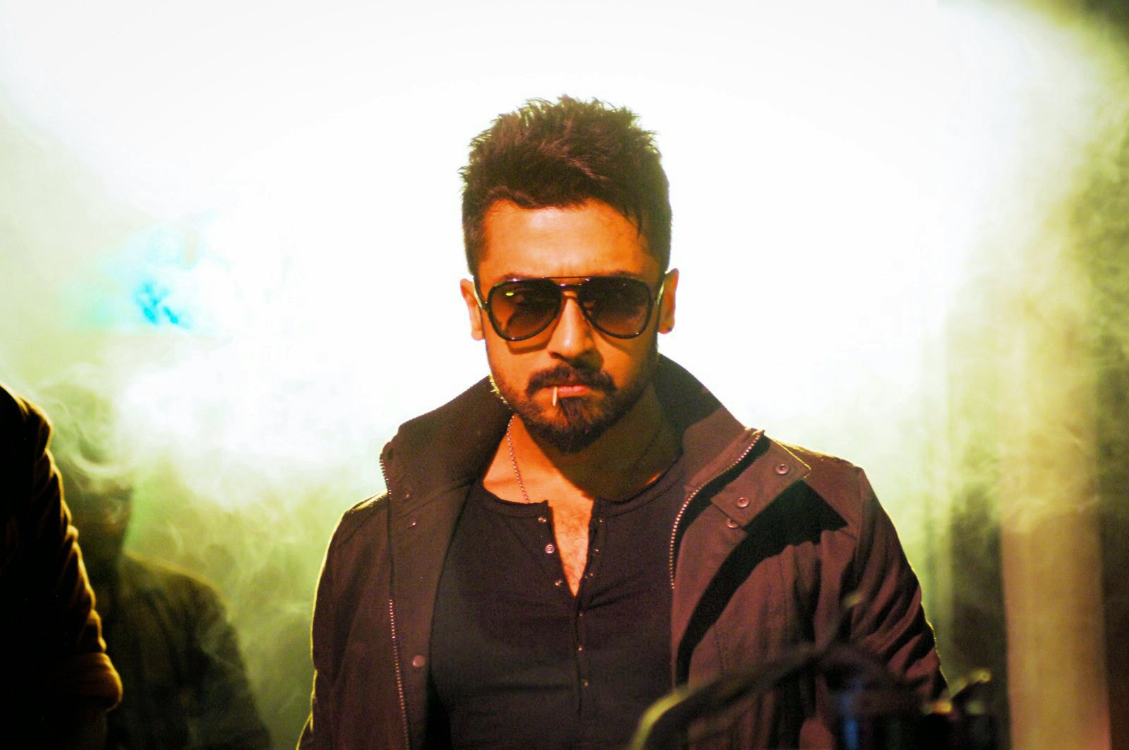 Surya Sikindar Stills In Hd Wallpapers: Anjaan (2014) Movie FirstLook Images Photos Gallery In HD