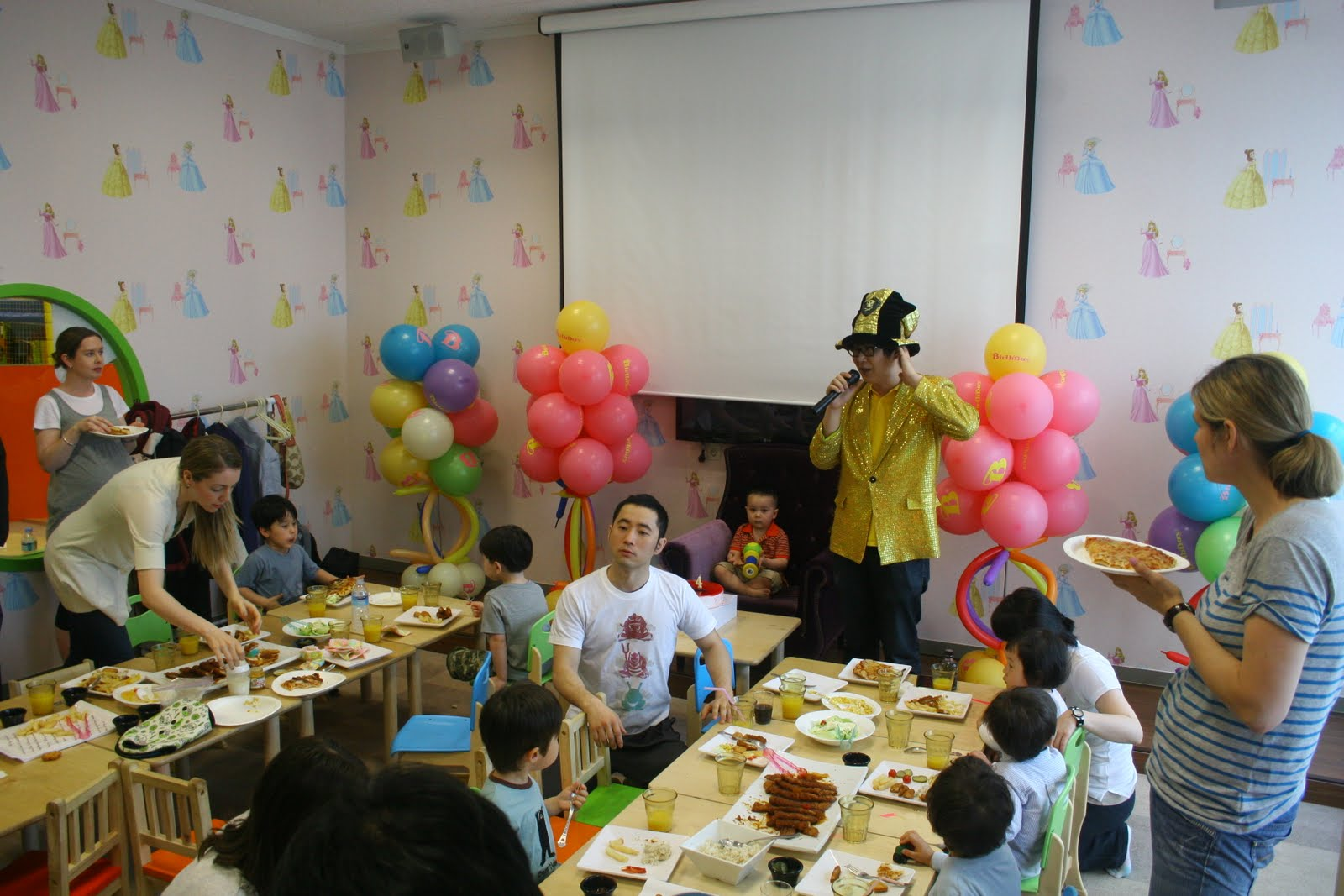Mommy Cha And The Kimchi Kids Kid S Cafes