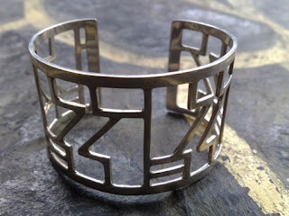 925 sterling silver cuff with front garden gate design length 15.0cm x width 4.0cm