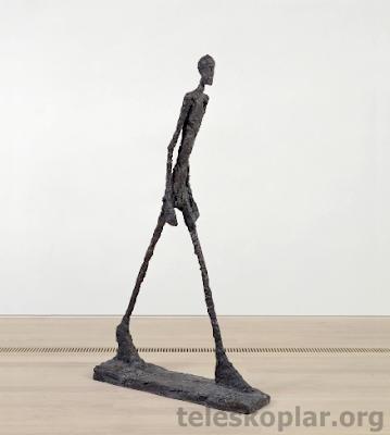 L'Homme Qui Marche heykel